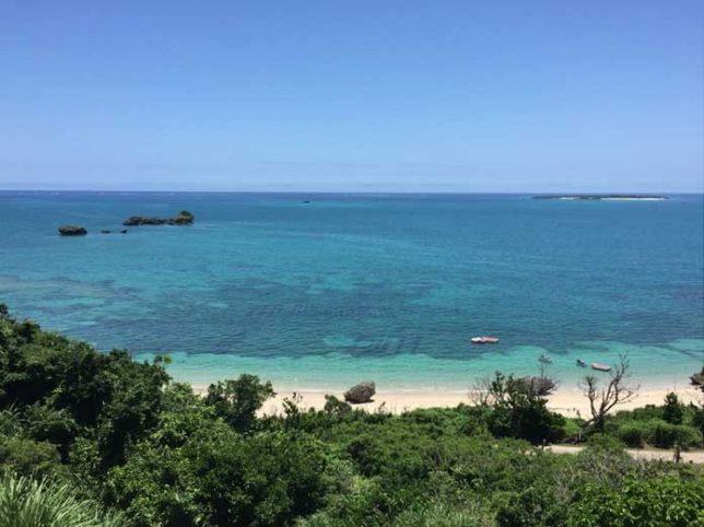 沖縄浜比嘉島ムルク浜