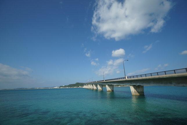 沖縄浜比嘉島海中道路